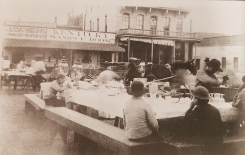 Texas Mexican food served in outside diners in downtown San Antonio, 1800s